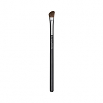 Pincel M·A·C 275 Medium Angled Shading Brush