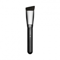 Pincel 196 Slanted Flat Top Foundation Brush