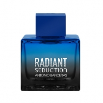 Radiant Seduction in Black Masculino Eau de Toilette