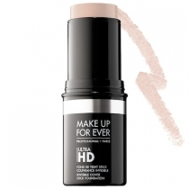 Base Ultra HD Foundation Stick