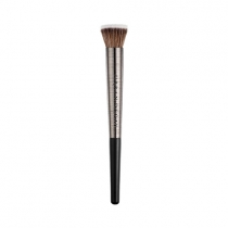 Pincel Pro Artistry Brushes Difusing Highlighter